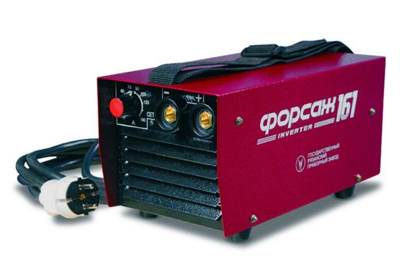 Сварочный инвертор Форсаж 161 отличается компактными размерами и небольшим весом