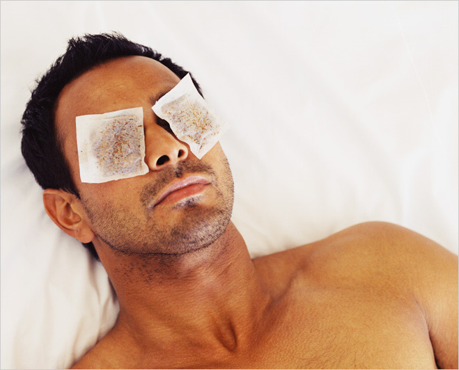 Лечение ожога глаз пакетиками чая