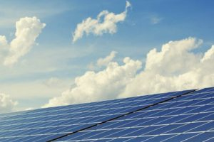 Солнечные батареи – как вариант отопления дома